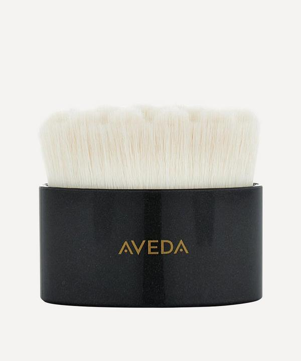 Tulasãra Facial Dry Brush