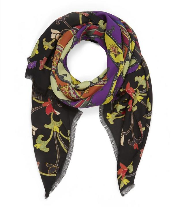 Dhely Couble Scarf