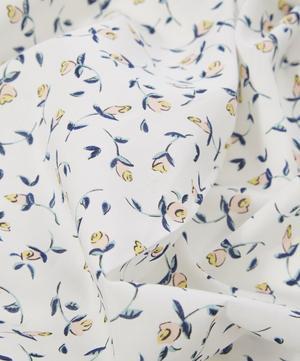 Floating Flora Tana Lawn Cotton