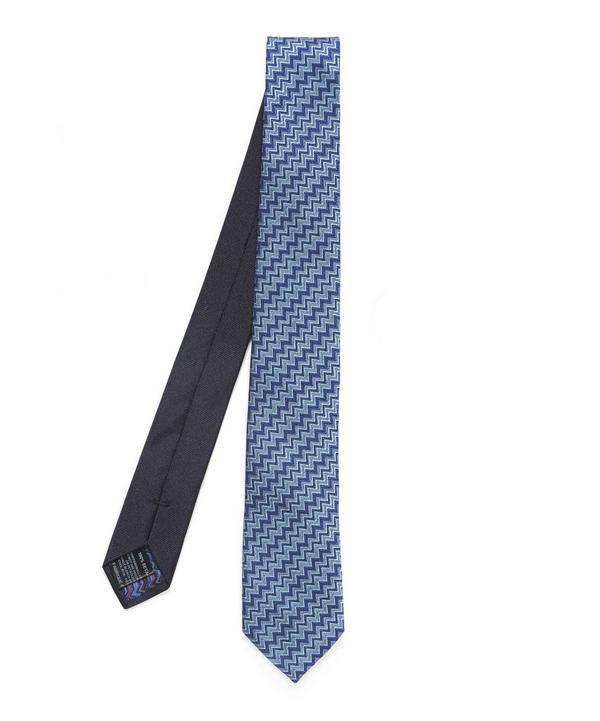Diagonal Zig Zag Tie