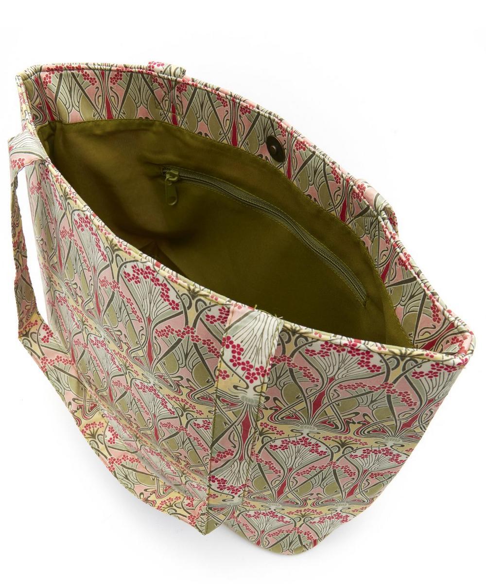 Ianthe Tote Bag