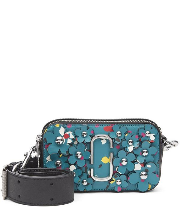 3D Painted Flowers Nomad Small Camera Bag