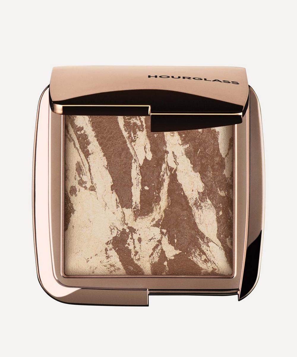 Ambient Lighting Bronzer in Diffused Bronze