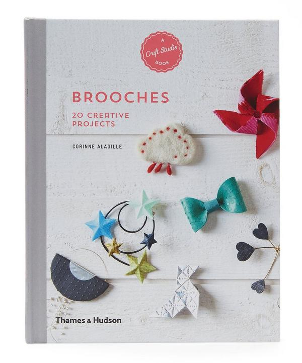 Brooches: 20 Creative Projects