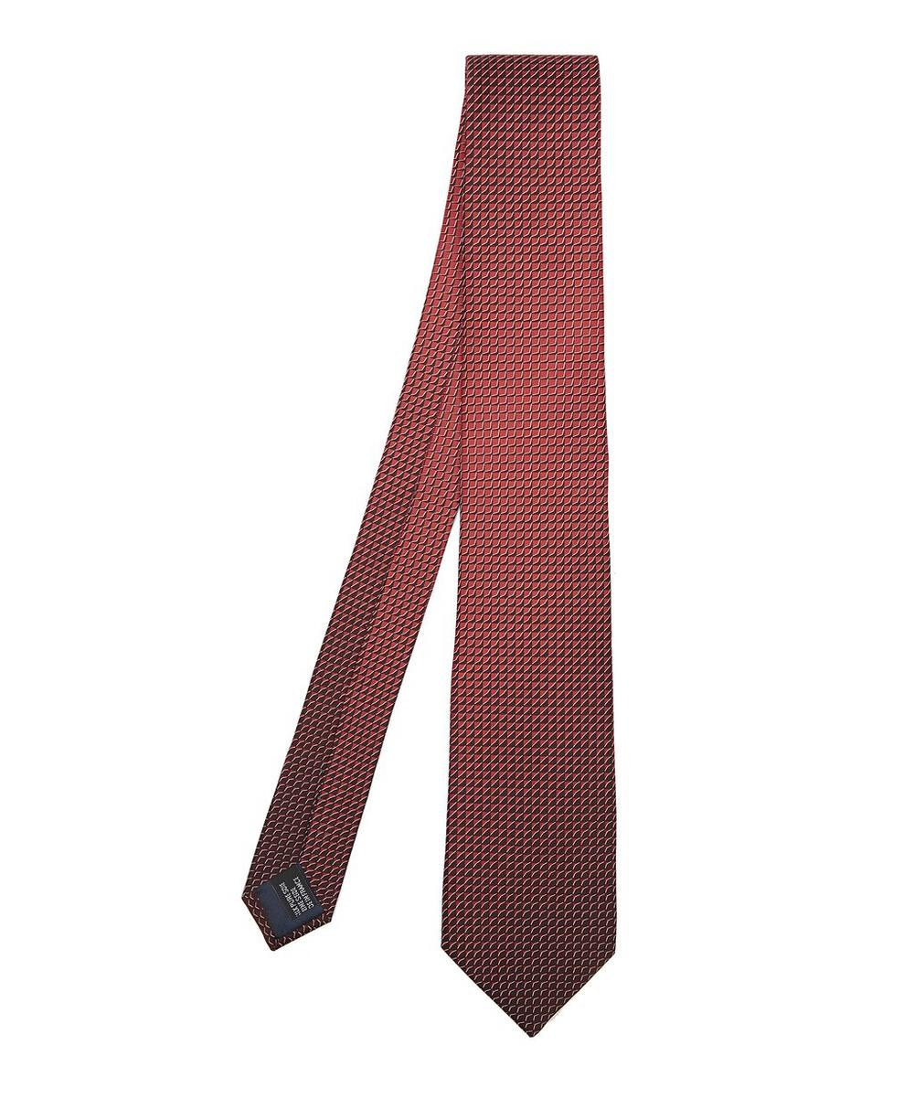 Chevron Shadow Tie