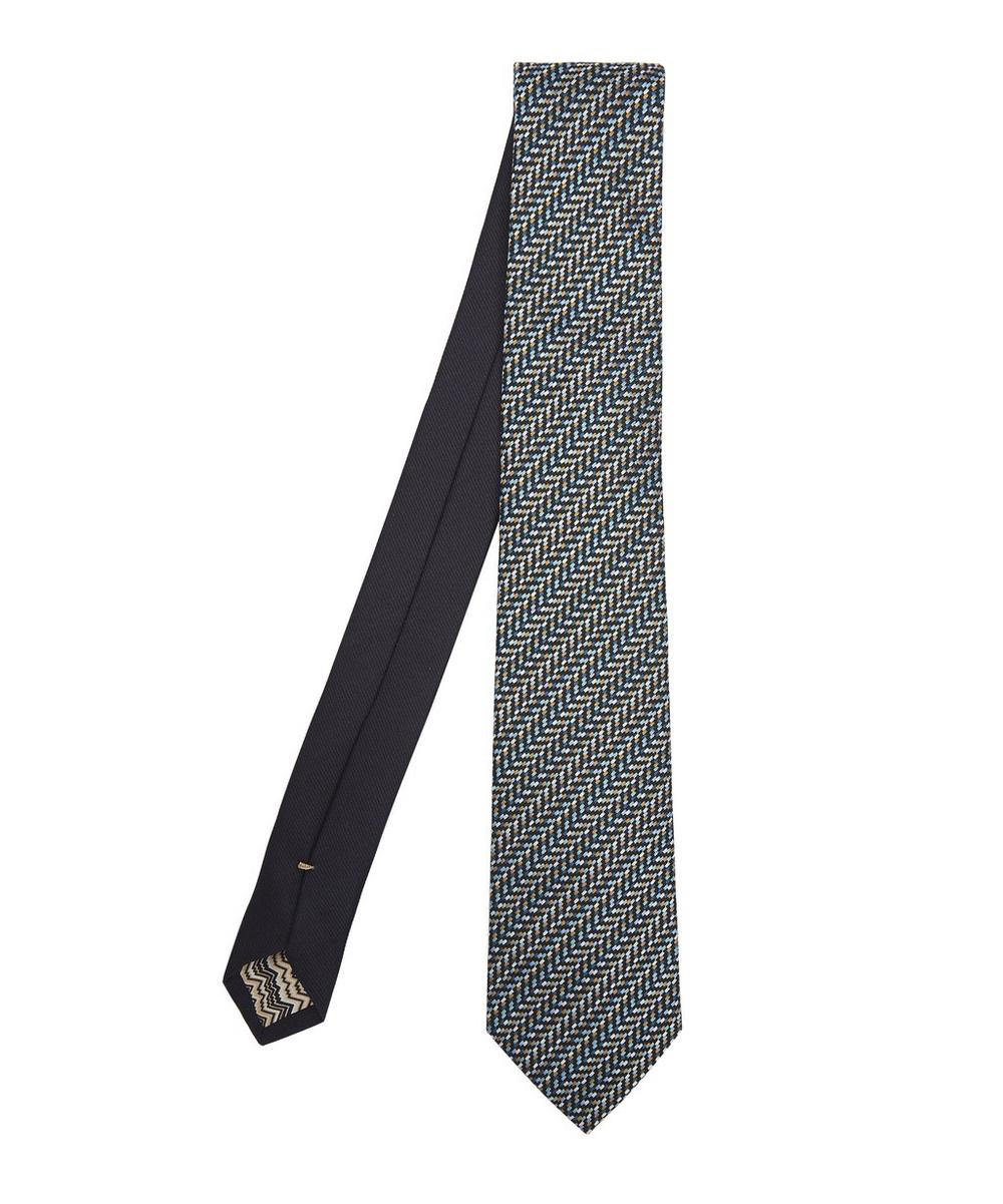 Multi-Thread Directional Zig-Zag Woven Tie