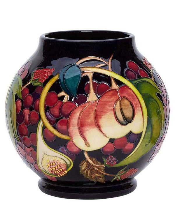 RM2/6 Queen's Choice Vase
