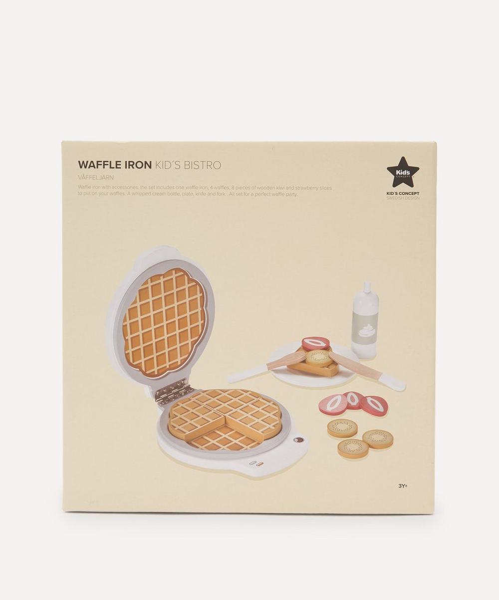 Wooden Waffle Iron Set