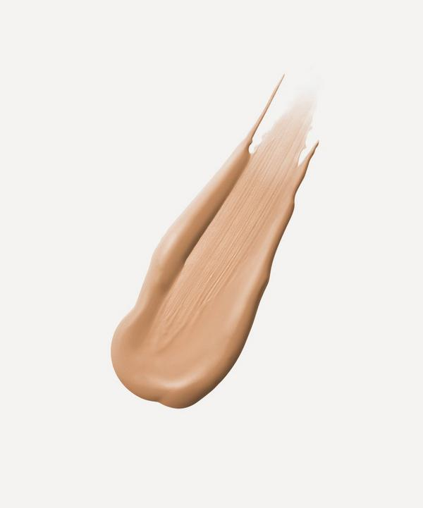Immaculate Liquid Powder Foundation in Sand