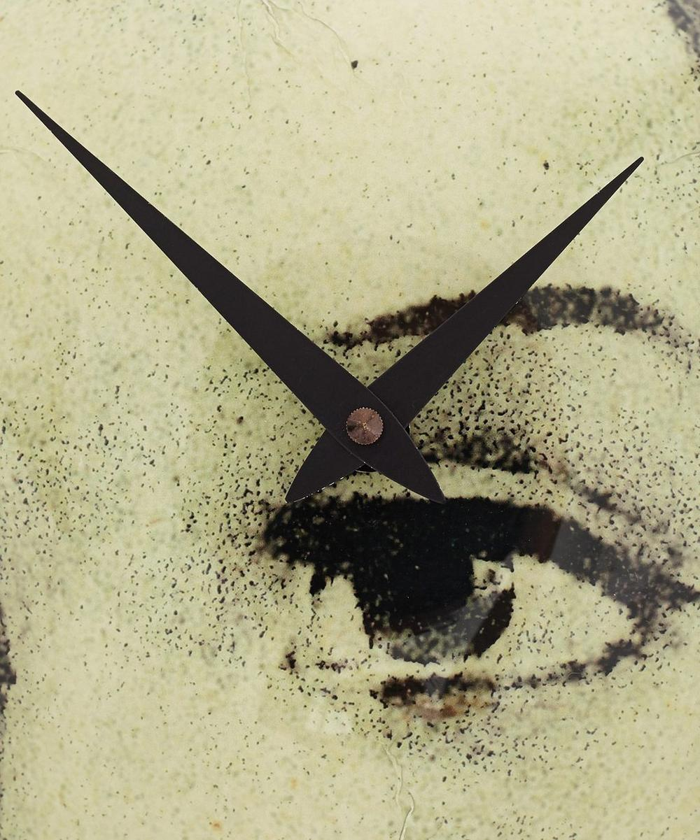 Ellen's Eyes Clock