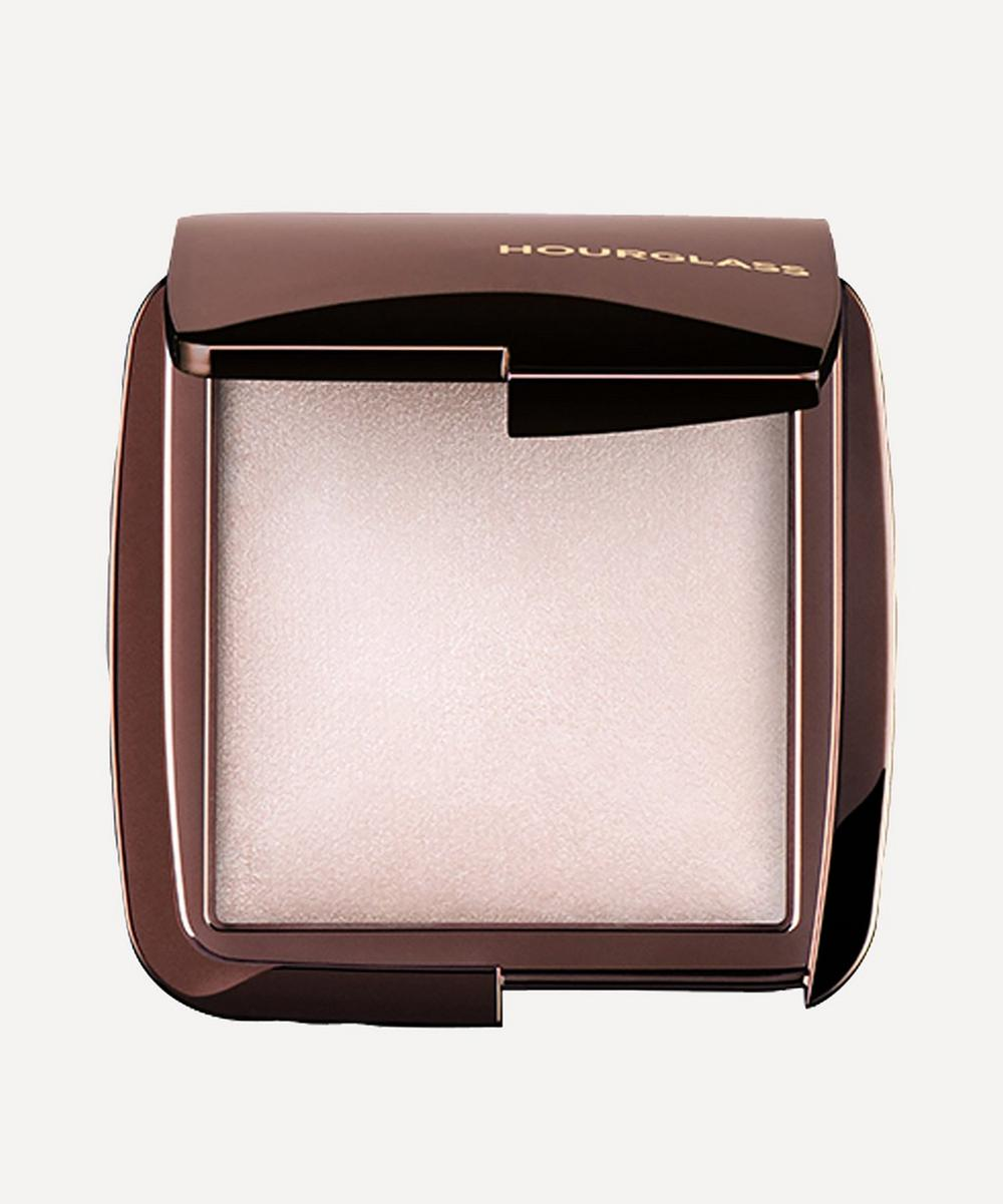 Ambient Lighting Powder in Ethereal Light