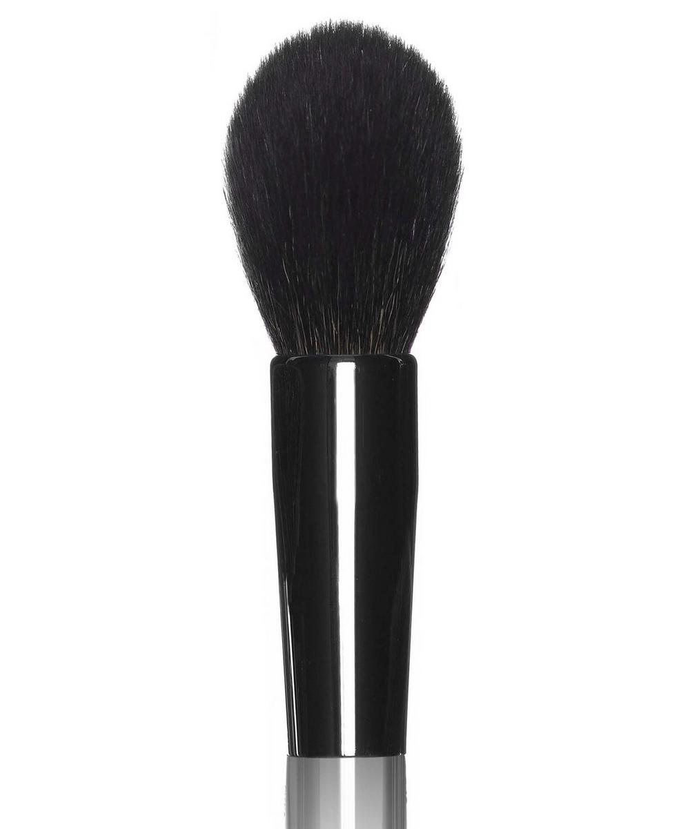 37 Bronzer Brush