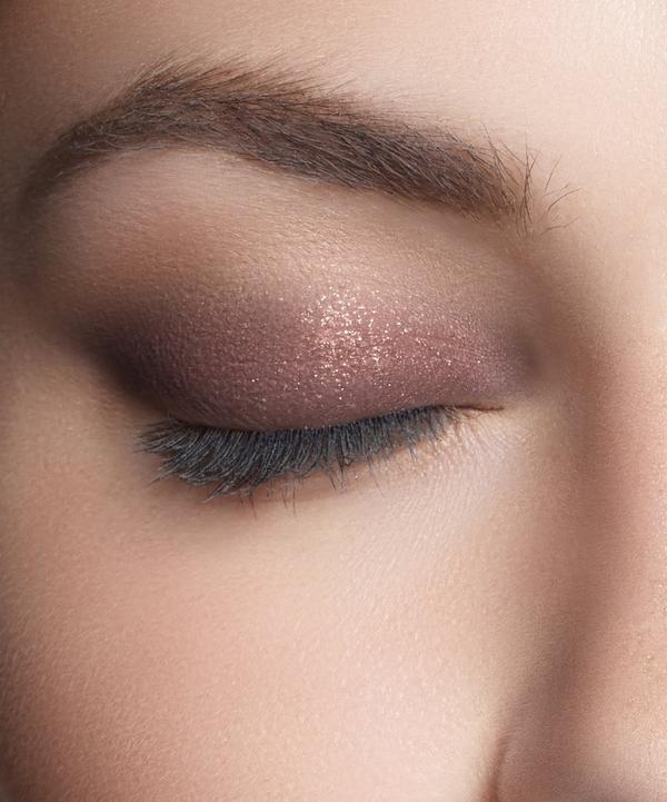 Glaze Eyeshadow in Raisin