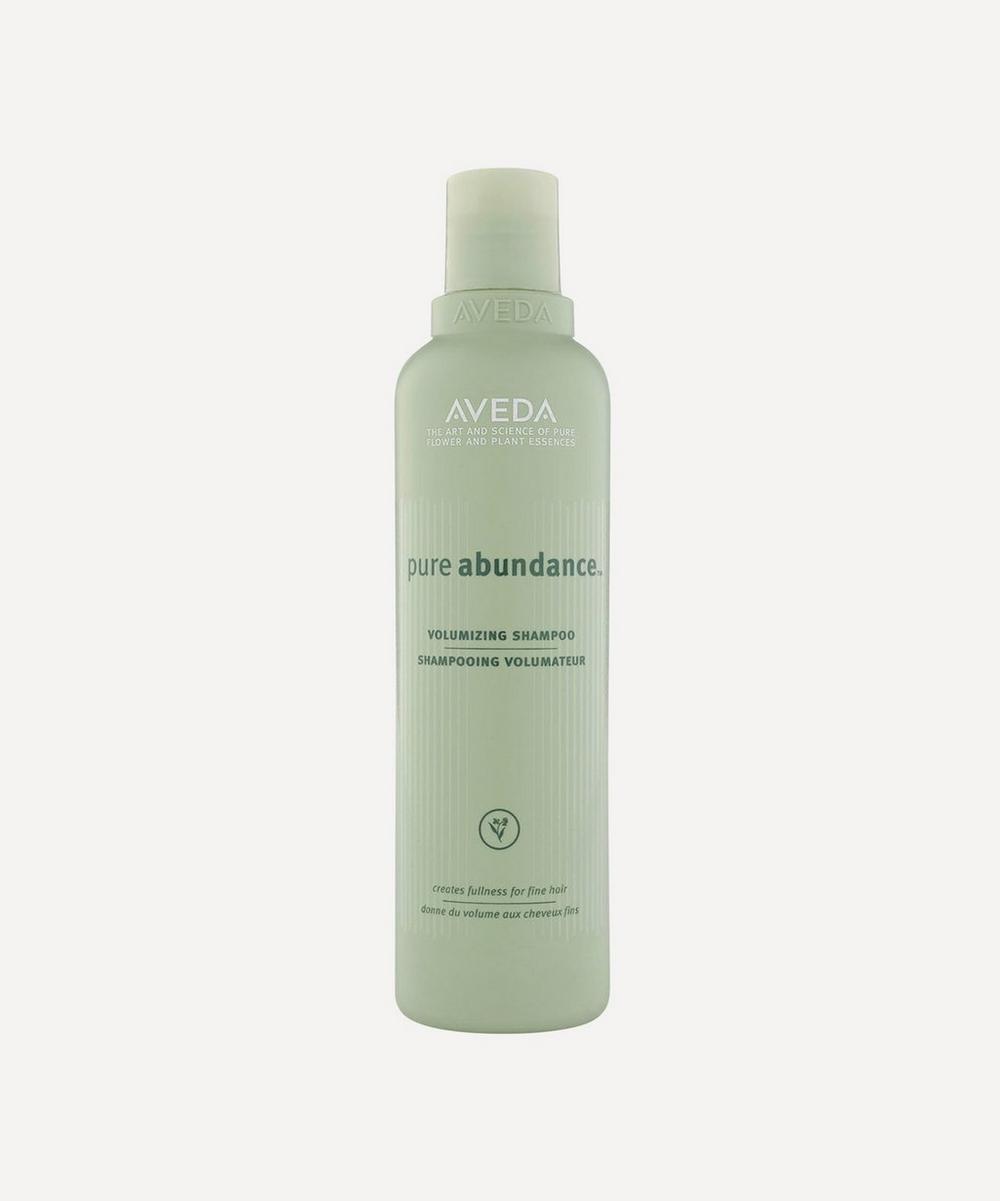 Pure Abundance Volumizing Shampoo 250ml