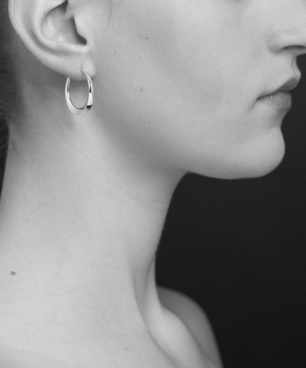 Tapering Click Hoop Earrings