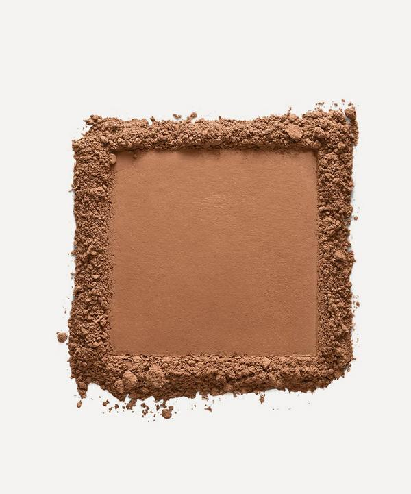 Luminous Powder Foundation in Cadiz