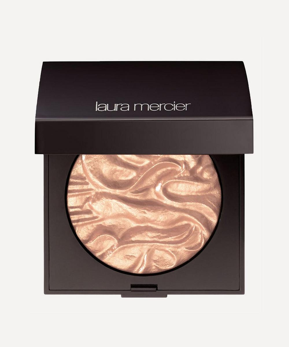 Face Illuminator in Indiscretion