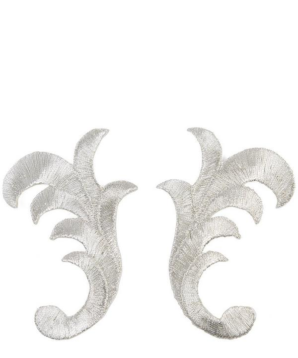 Pair of Metallic Motifs