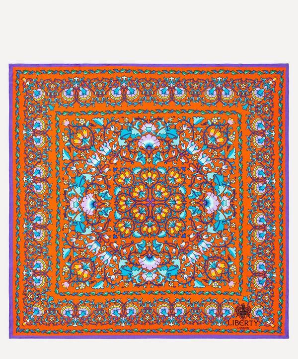 Lodden 45x45 Silk Neckerchief