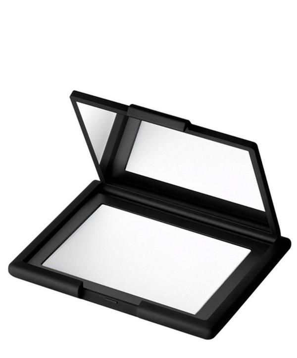 Light Reflecting Pressed Setting Powder