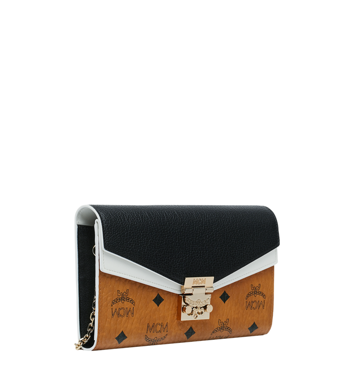 MCM Portefeuille et porte-cartes Patricia en Visetos Leather Block MYL9SPA32CB001 AlternateView2