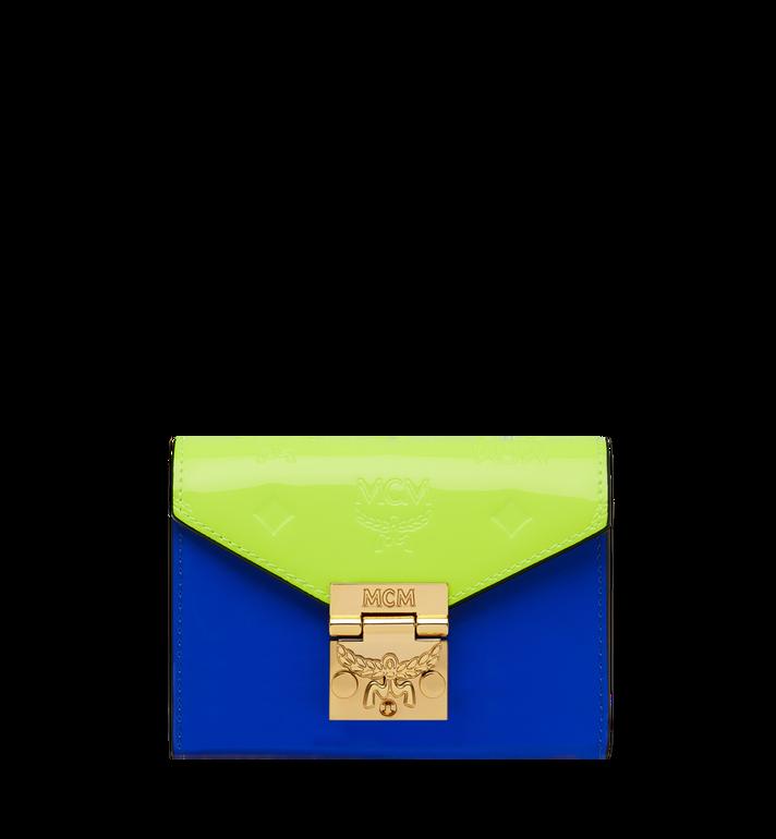 MCM Dreifach gefaltete Patricia Brieftasche aus Lackleder mit Monogramm AlternateView