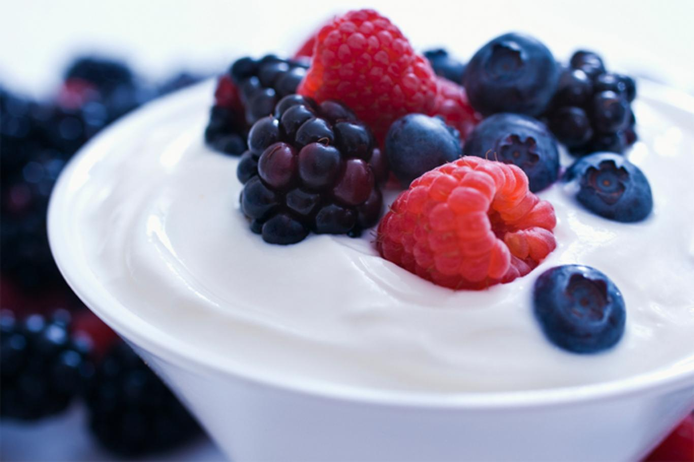 Greek yogurt contains twice the amount of protein as regular yogurt. Top with berries for antioxidants.