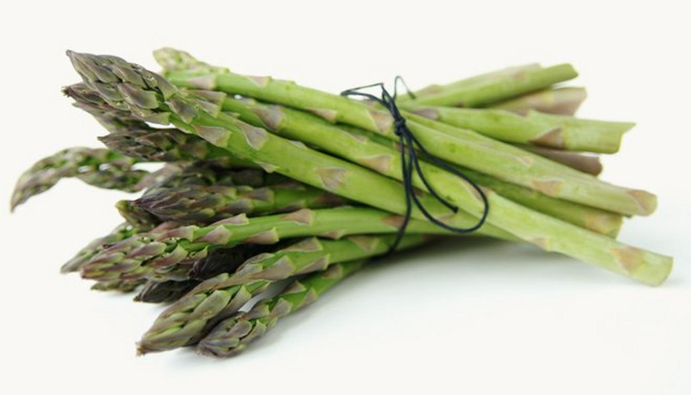 Asparagus is rich in folate, a B vitamin that helps increase production of histamine.