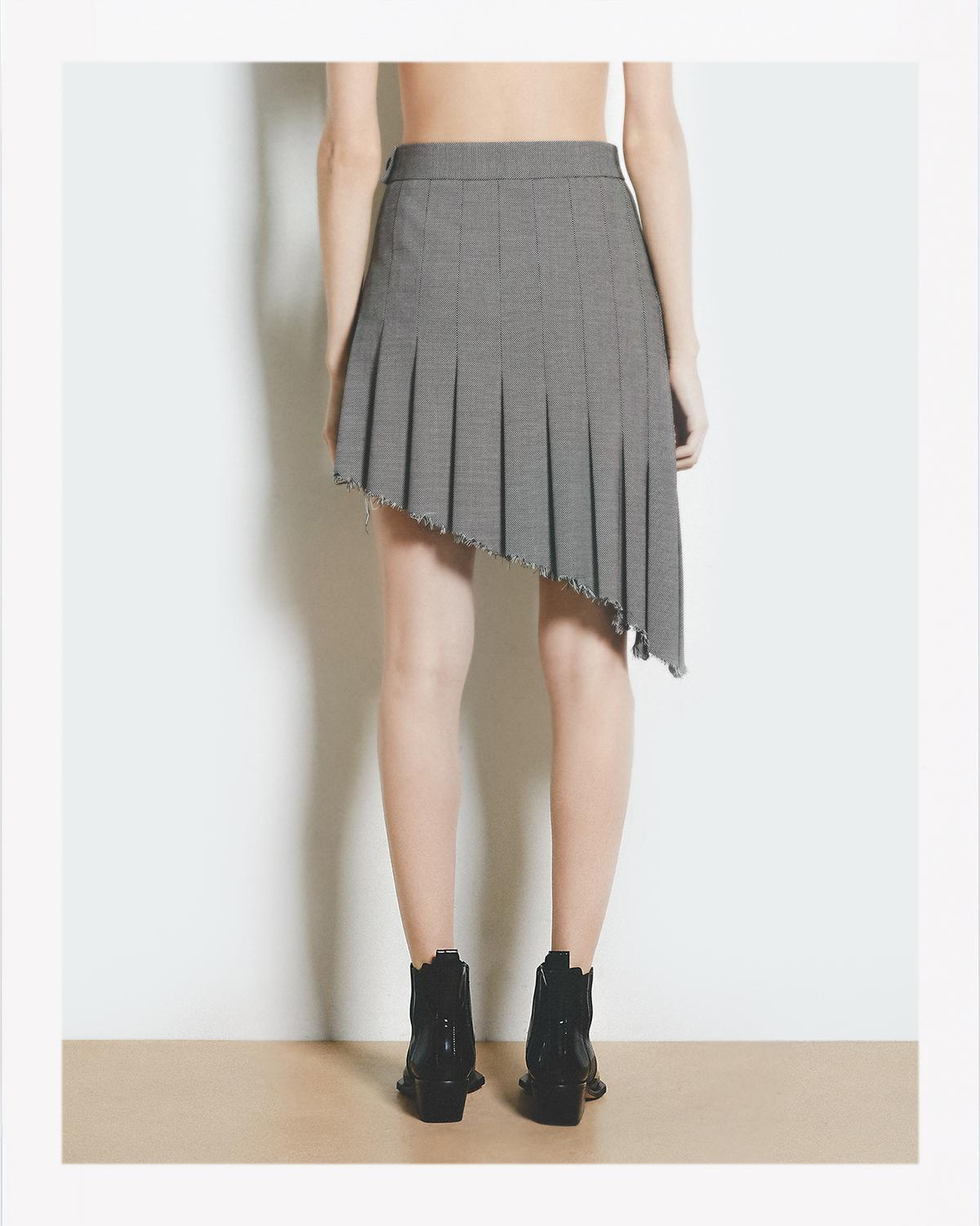ANGLED PLEAT SKIRT