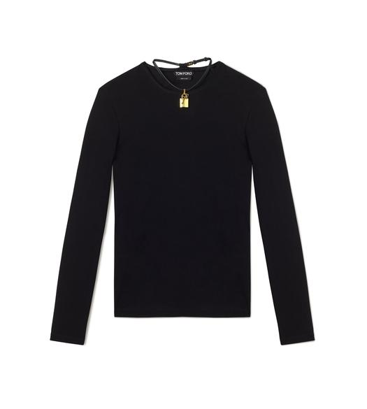 LONG SLEEVE CREW NECK TOP WITH PADLOCK ON LEATHER NECKLACE