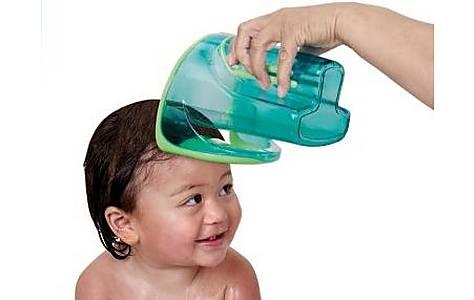 image of Munchkin Shampoo Rinser - Blue