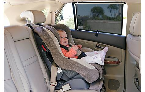 image of Dreambaby Wide Car Window Shade 2 Pack