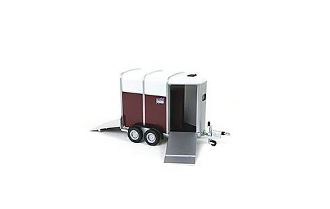 image of Britains Farmer 1-32 Ifor Williams Horse Trailer