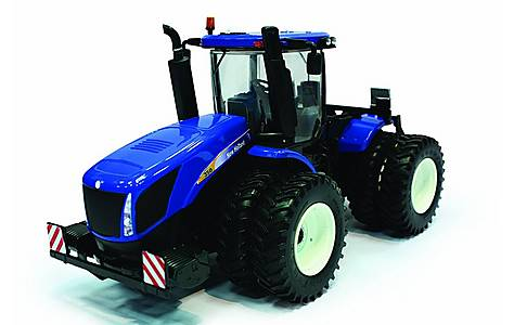 image of Britains Farmer 1-32 New Holland T9 390 Tractor