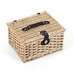 image of Greenfield Collection Kensington Classic Willow Picnic Hamper