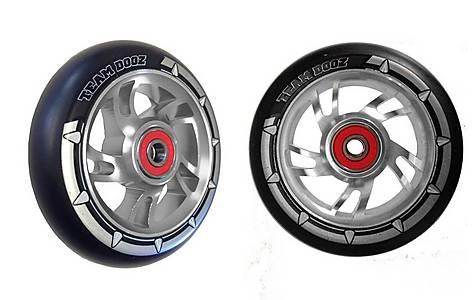 image of Team Dogz 100mm Alloy Swirl Wheels - Silver Core Black PU