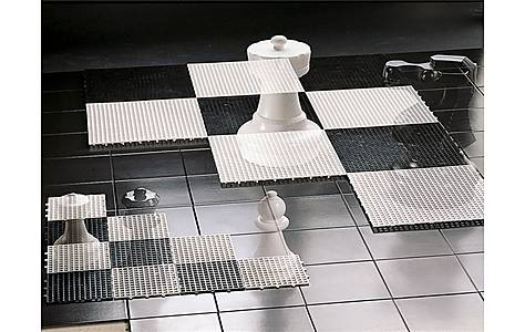 image of Rolly Small Chess Base