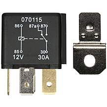 image of Halfords HEF557 Relay 12V 30A 5 PIN