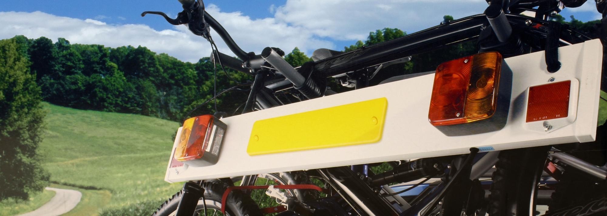 image of halfords cycle carrier lighting board