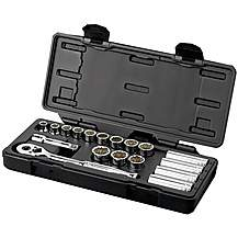 image of Halfords Advanced Professional 18 Piece Socket Set 3/8""
