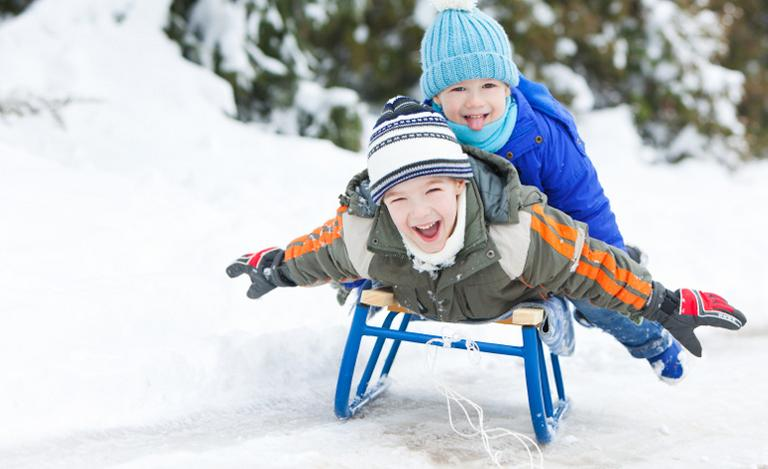 Image for Buying Sledges for Children article