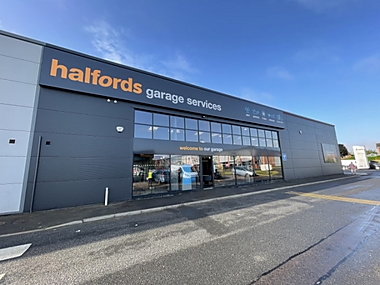 Halfords Autocentre Colchester (Angorra)