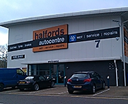 Halfords Autocentre Crawley