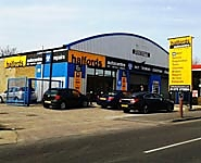 Halfords Autocentre Grays