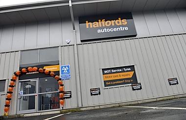 Halfords Autocentre Preston (Deepdale Trade Pk)