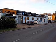 Halfords Autocentre Sandhurst