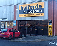 Halfords Autocentre Swindon