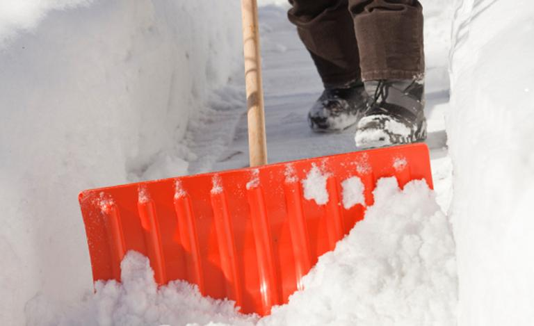 Image for What Snow Clearing Equipment Do I Need? article