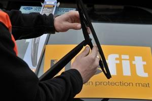 Halfords' wiper fitting service