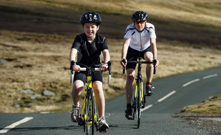 Kids cycling holiday